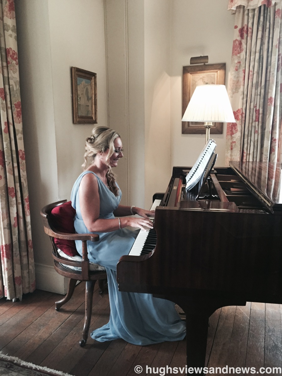 Anna Plays The Piano