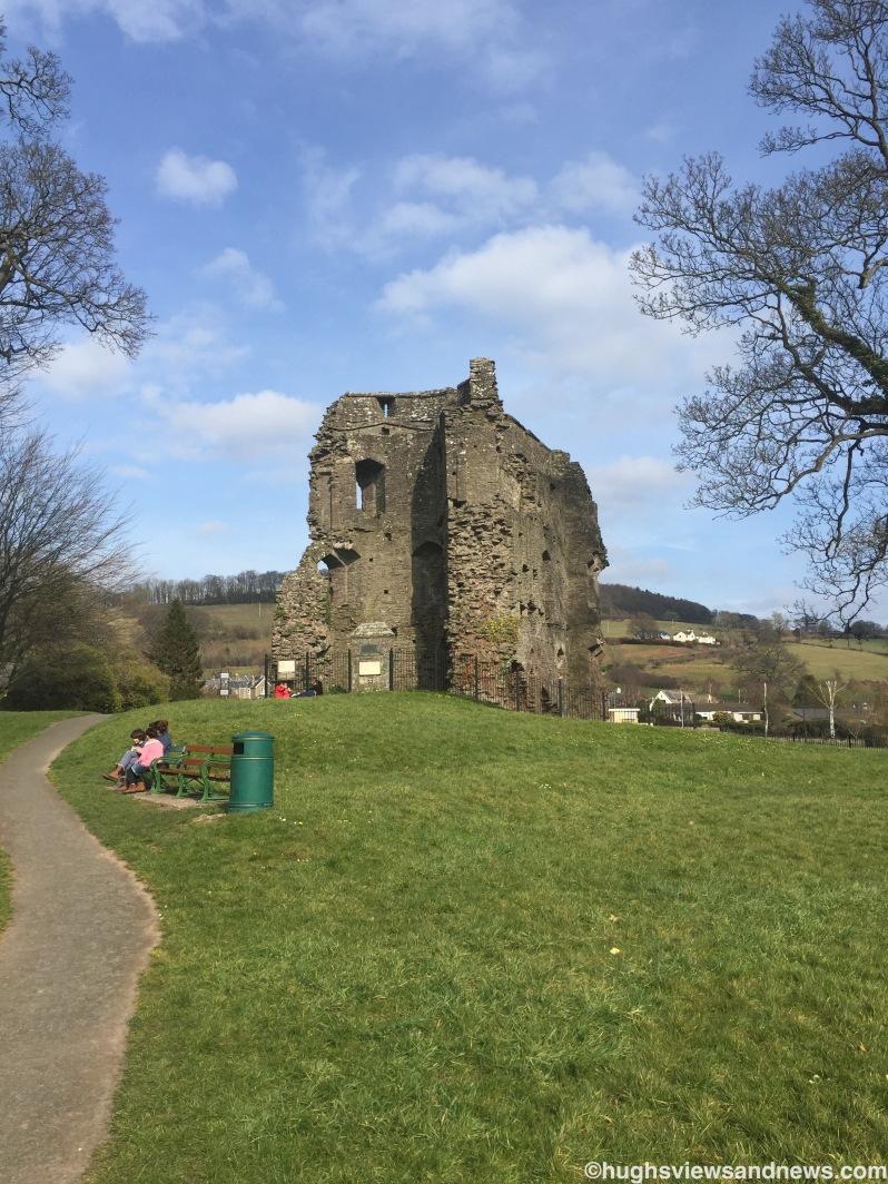 Path to Crickhowell Castle
