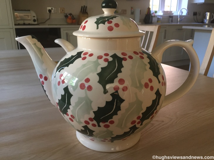Emma Bridgewater Holly Teapot