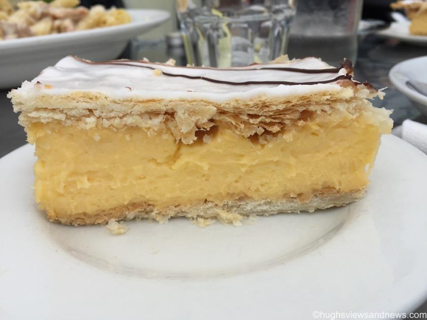 Cakes - An Iced Slice